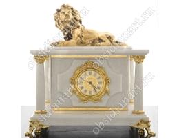 Большие белые часы с сейфом и бронзовым львом «Король»