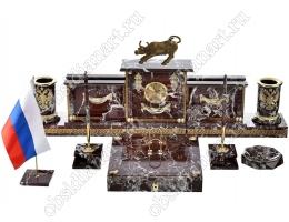 Настольный письменный набор из яшмы «Талисман» с бронзовой скульптурой быка