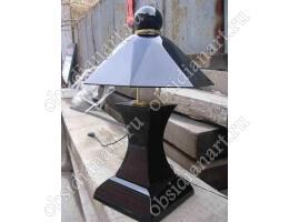 «Светоч», светильник настольный из натурального камня обсидиан