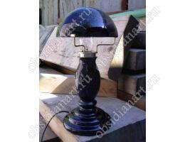 «Нью», светильник ручной работы из натурального камня обсидиан