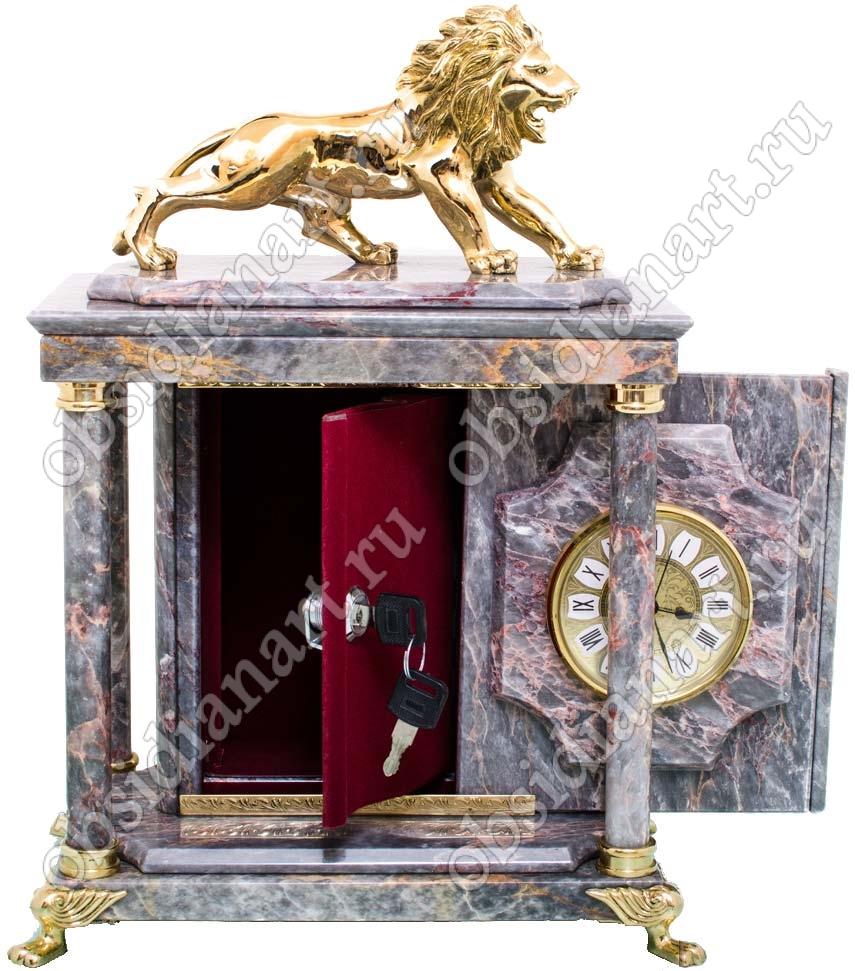 Подарочный сейф из мрамора «Сила и мудрость» с часами и бронзовым львом