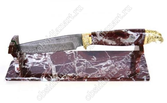 Подарочный нож из дамасской стали, яшмы и бронзы ручной работы «Ястреб». Подставка из яшмы