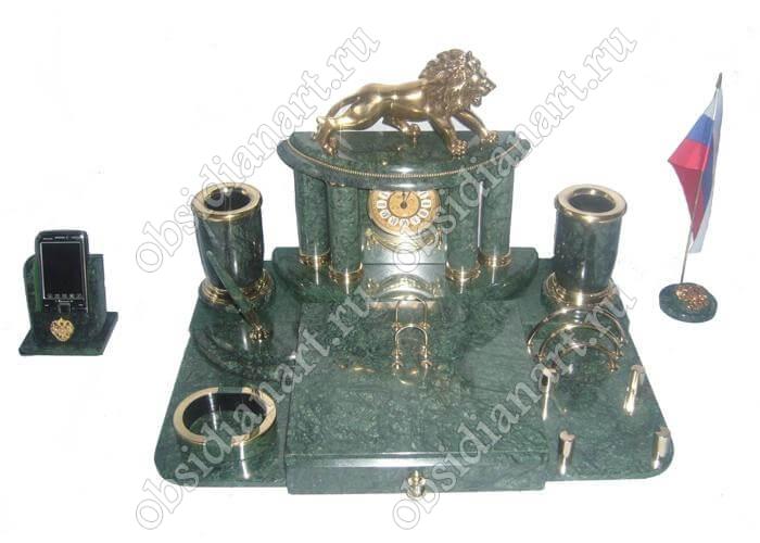 Набор со львом для директора из зеленого мрамора «Брешиа»