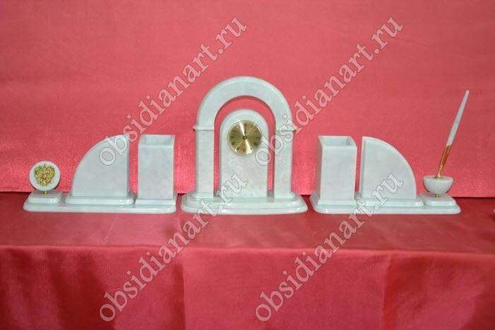 Набор настольных приборов «Снежный» из белого камня (мрамор)