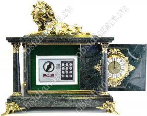 Часы-сейф «Санкт-Петербург» из мрамора с бронзовой фигуркой льва