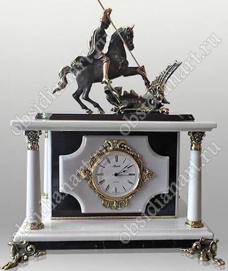 Часы-сейф «Москва-2» из черно-белого мрамора с бронзовой фигуркой Георгия Победоносца