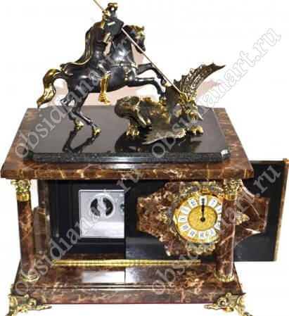 Скрытый сейф «Италия» в настольных часах из итальянского мрамора с фигуркой Георгия Победоносца из бронзы
