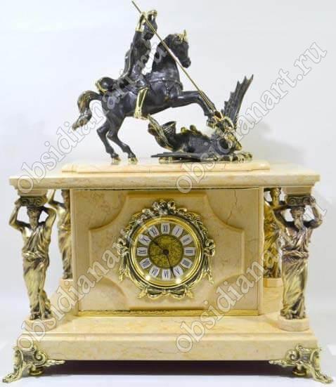 Шикарный сейф «Королевский» с бронзовыми статуэтками-колоннами