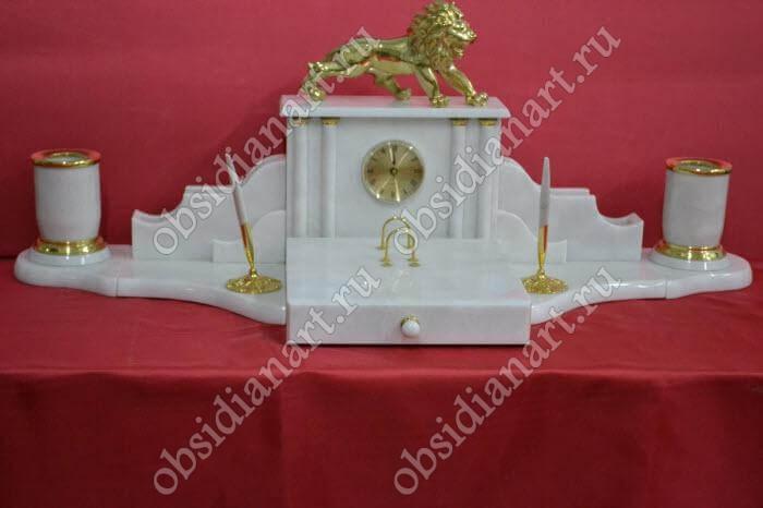 Настольный письменный набор «Посол» из белого мрамора
