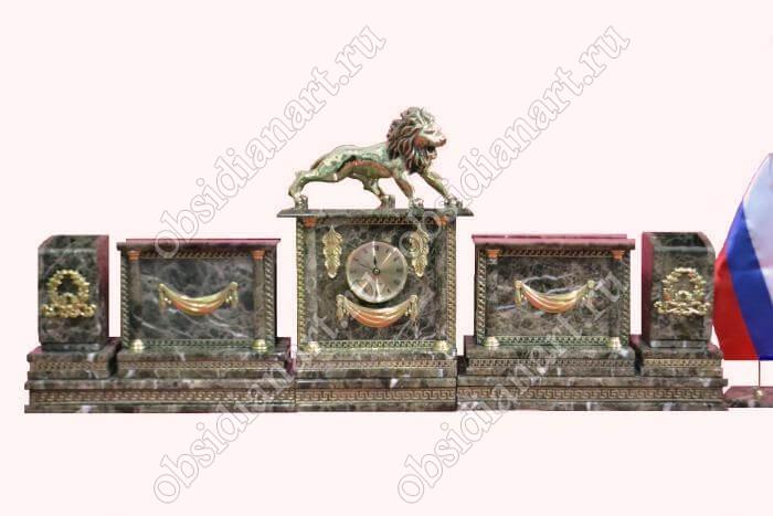 Настольный набор из итальянского мрамора «Ростов» со львом