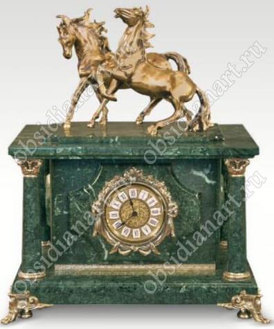 «Кавалерия», Секретный сейф спрятанный в часах из мрамора