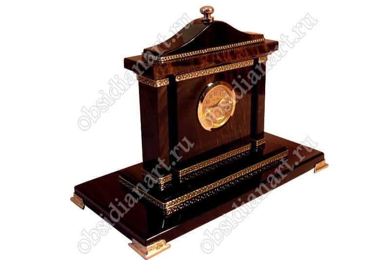 Часы «Авангард»