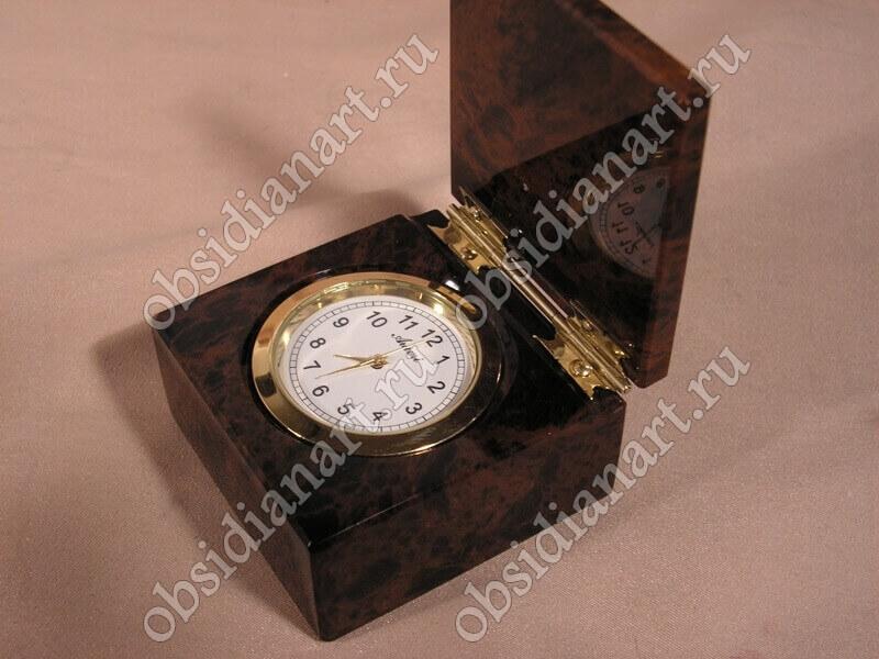 Часы «Футляр»