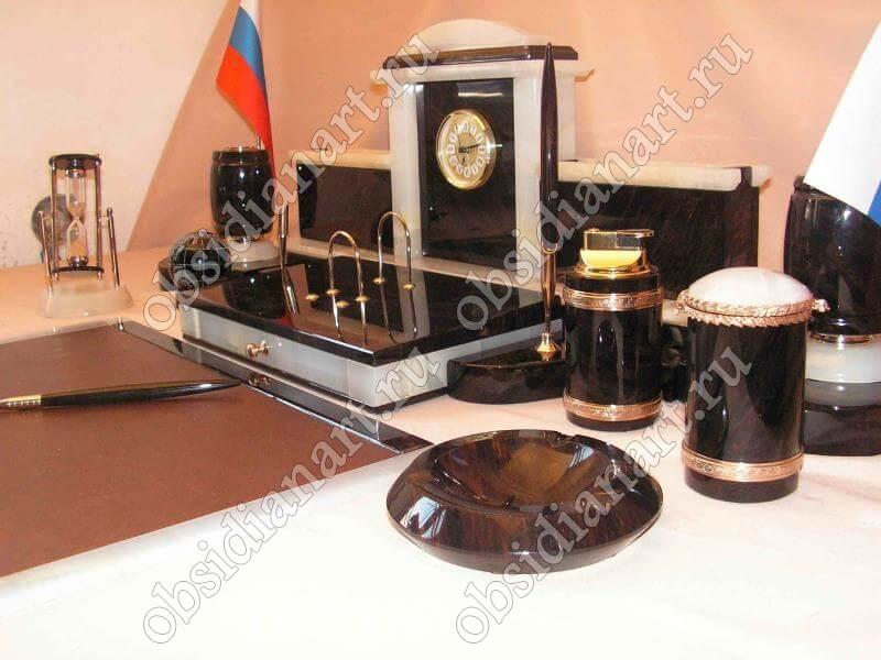 Настольный набор «Королевский» оникс/обсидиан с ковриком и комплектацией