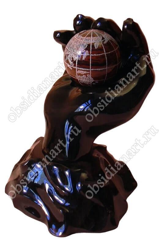 Скульптура «Ладонь»