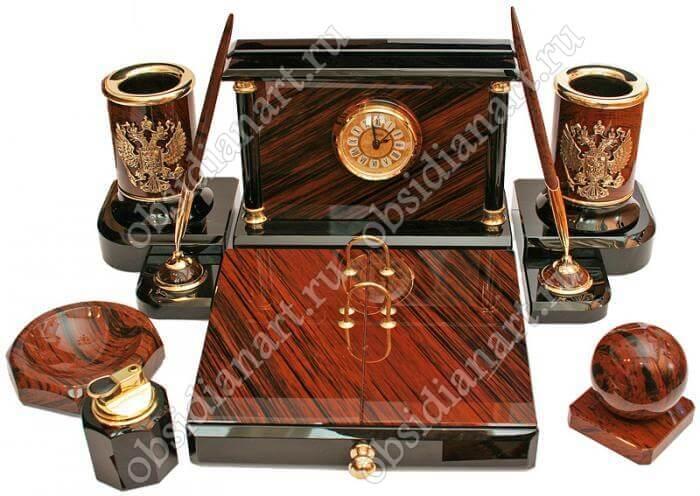 Настольный набор руководителя «Волгоград», природный камень обсидиан