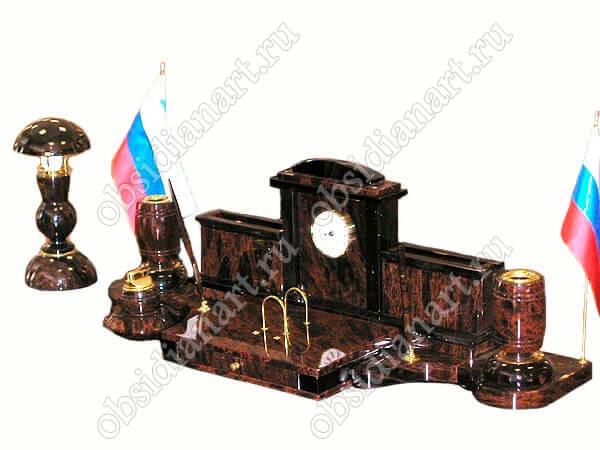 Настольный набор из обсидиана «Королевский» со светильником
