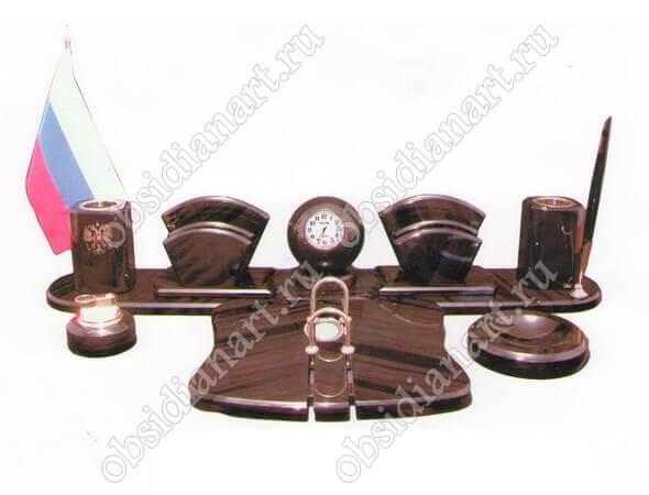 Письменный набор на стол руководителя «Карина»