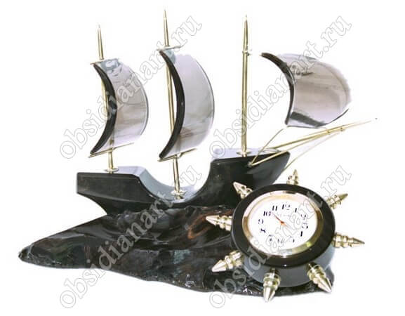 Часы «Парусник» из камня обсидиан