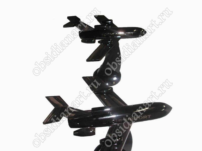 Сувенирные самолеты из полудрагоценного камня обсидиан