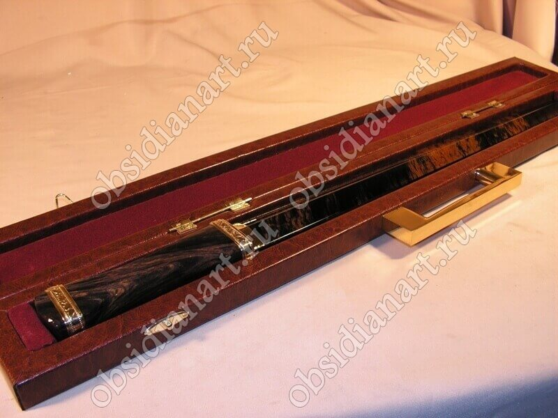 Подарочный кинжал в кейсе, обсидиан (вулканическое стекло)