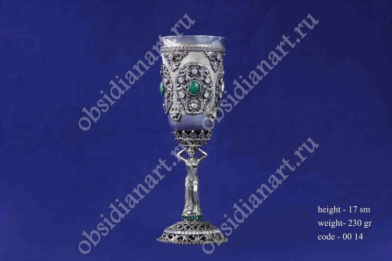 Серебряный бокал с ножкой в форме девушки арт.fj-0014
